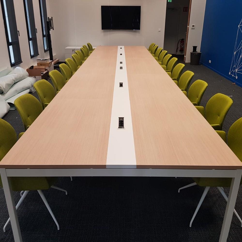 Table de réunion de 720cm - 22 personnes