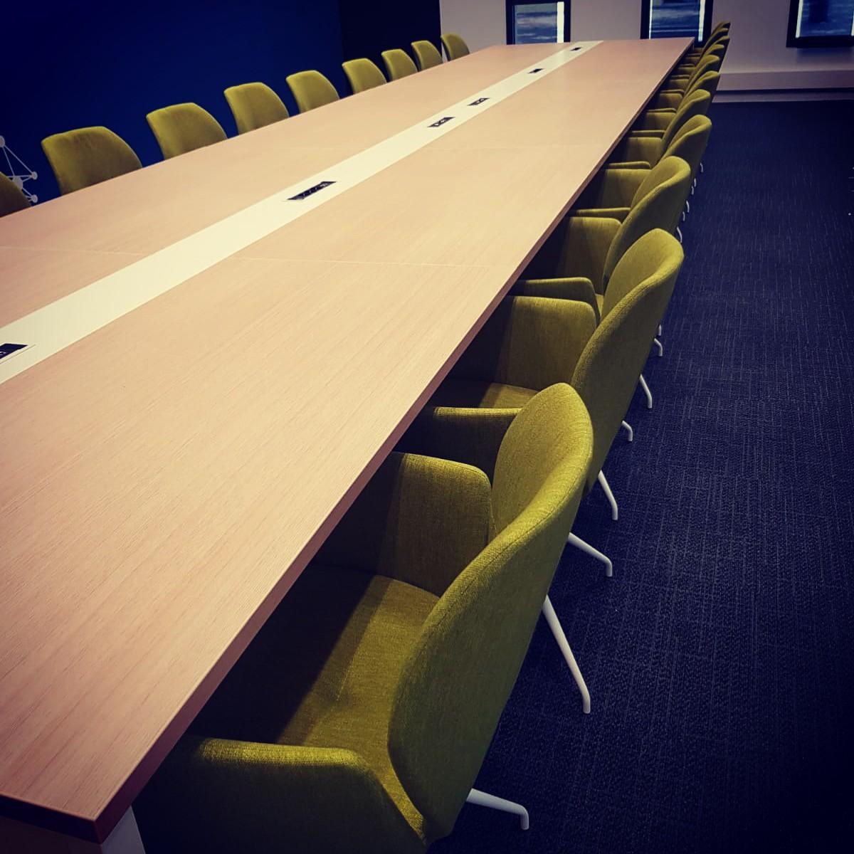 Table OGI avec insert blanc
