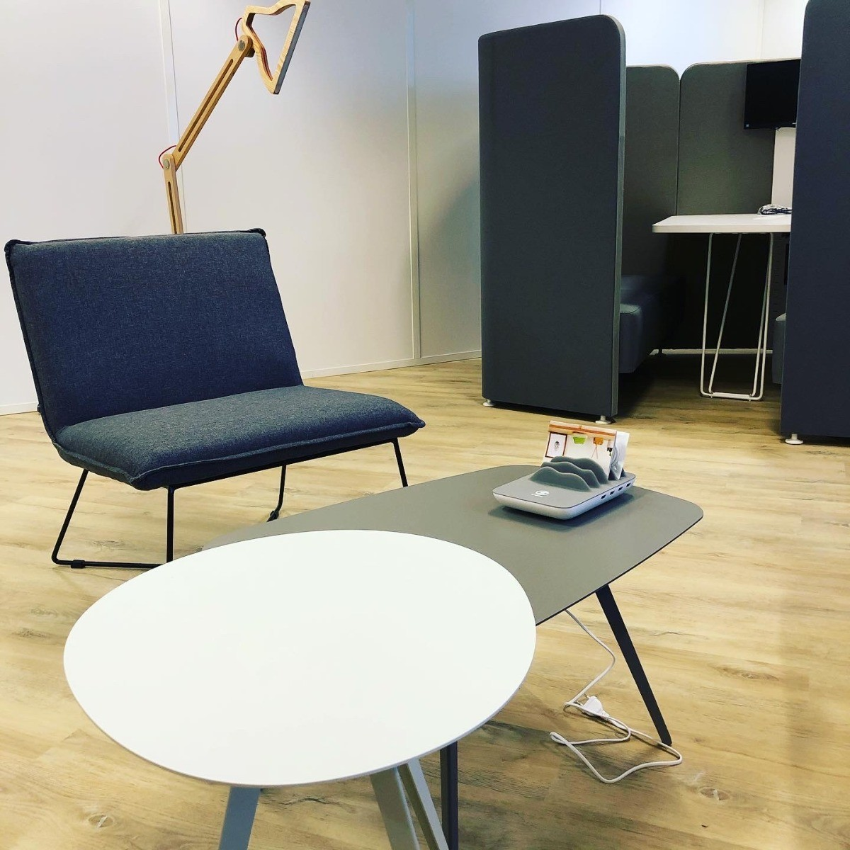 Zone cocooning avec tables basses Agora